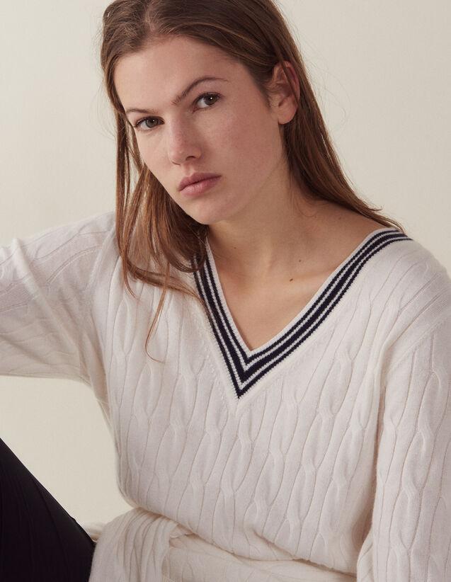 산드로 Mma 꽈배기 니트 브이넥 스웨터 Sandro Cable knit sweater,Ecru