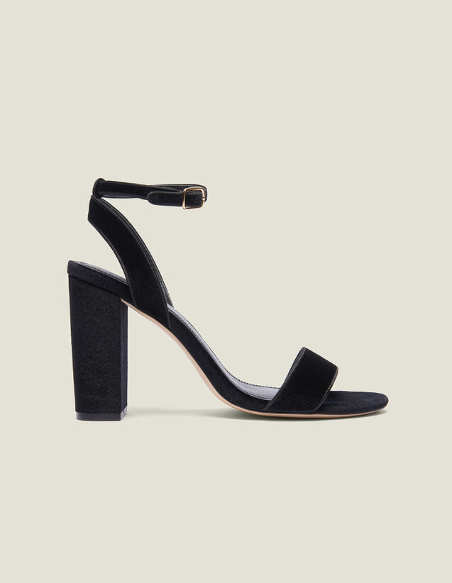 산드로 Drianne Sandro Block-Heeled Velvet Sandals,Black