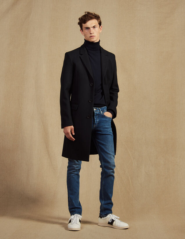 Long Coat Fastened With Three Buttons : Coats color Navy Blue