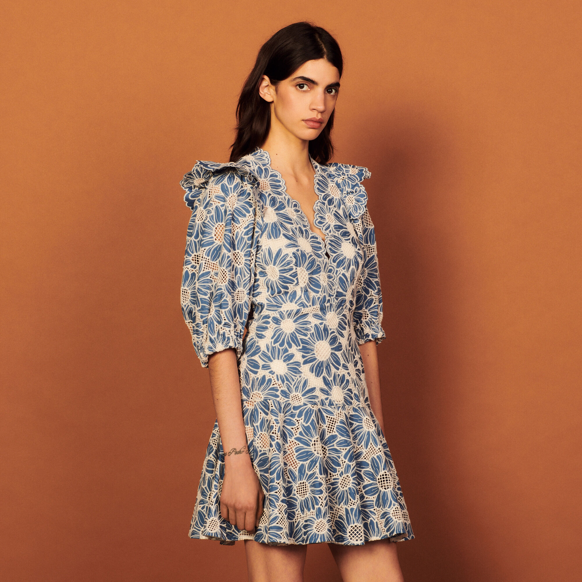 Sandro Short dress in embriodered fabric