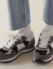 Running Sneakers : Shoes color white