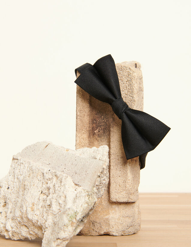 Silk twill bow tie : Belts & Ties color Black