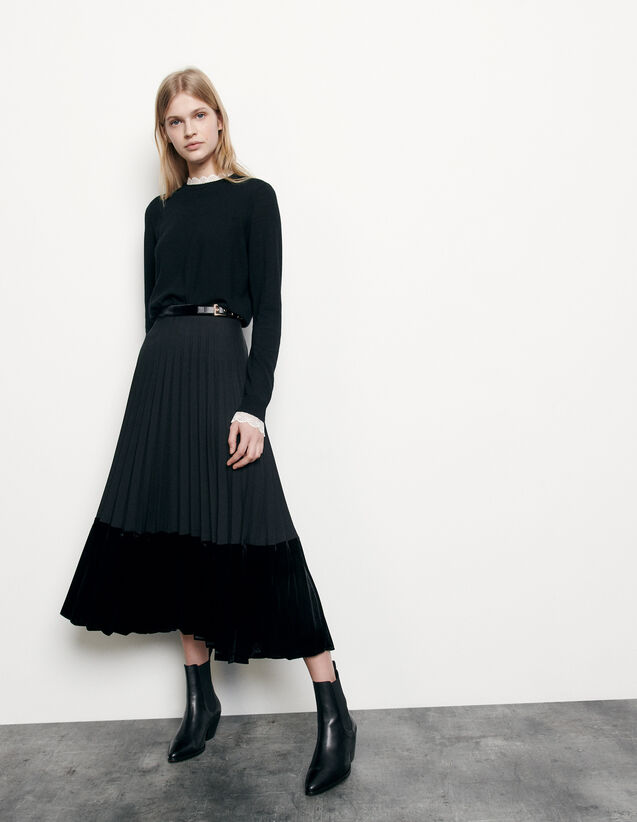 Long pleated wrapover skirt : Skirts color Black