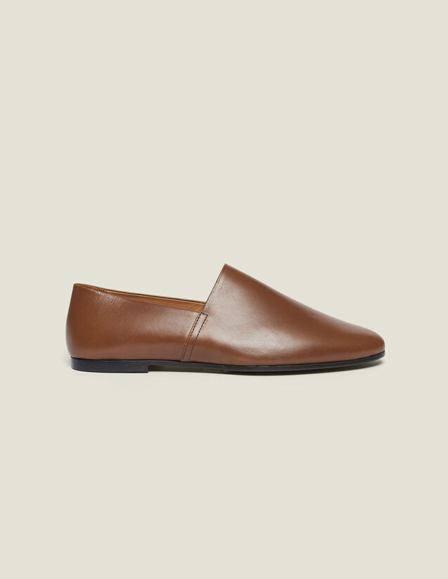 Leather Slippers : Shoes color Brown