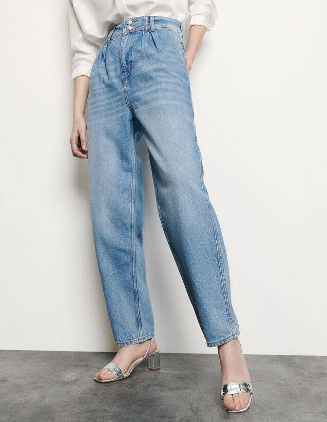 High-waisted jeans with pearl buttons : Spring Pre-Collection color Blue Jean
