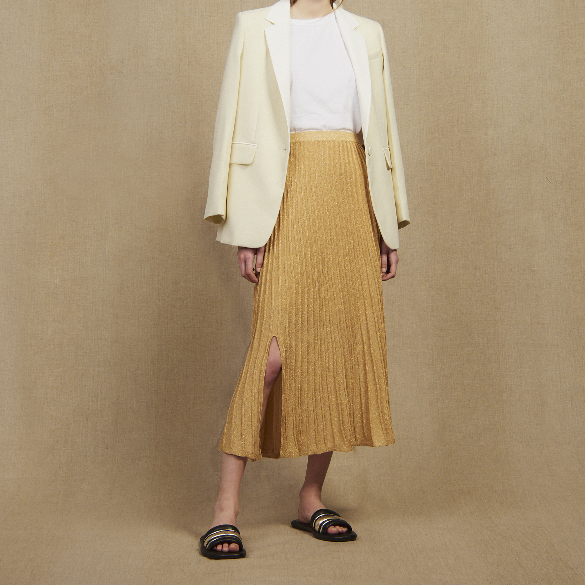 307406cd6d Long Knit Skirt With Pleats : Skirts color Gold ...