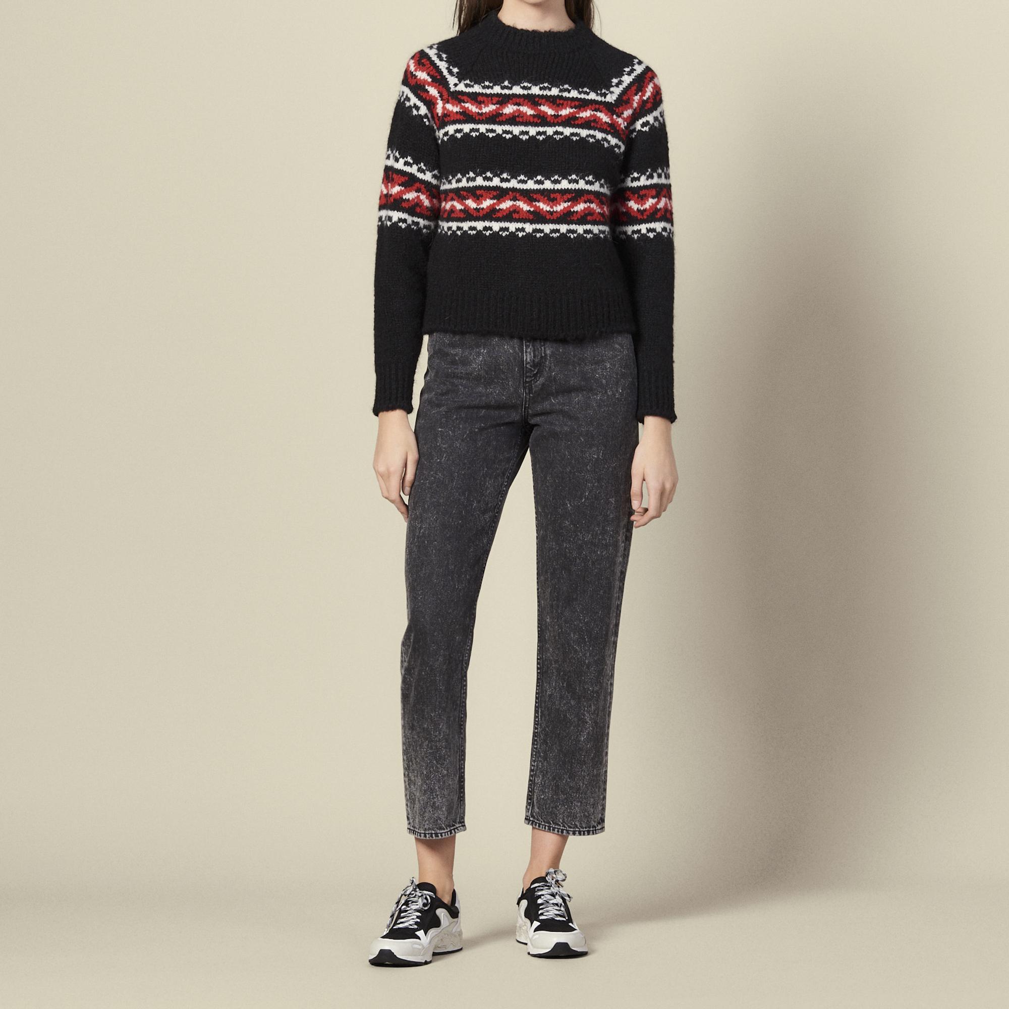 Sweater with geometric jacquard pattern